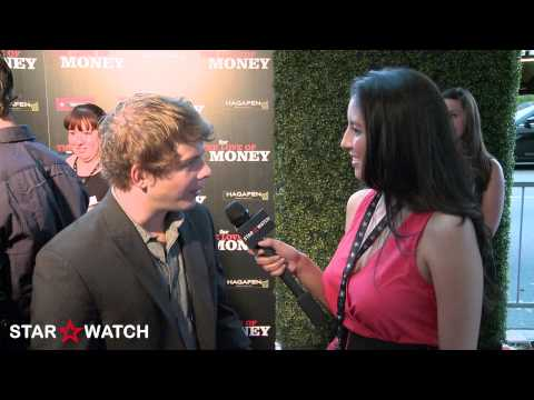 Jonathan Lipnicki red carpet interview at