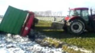 rolnicze wypadki, rozrzutnik na boku