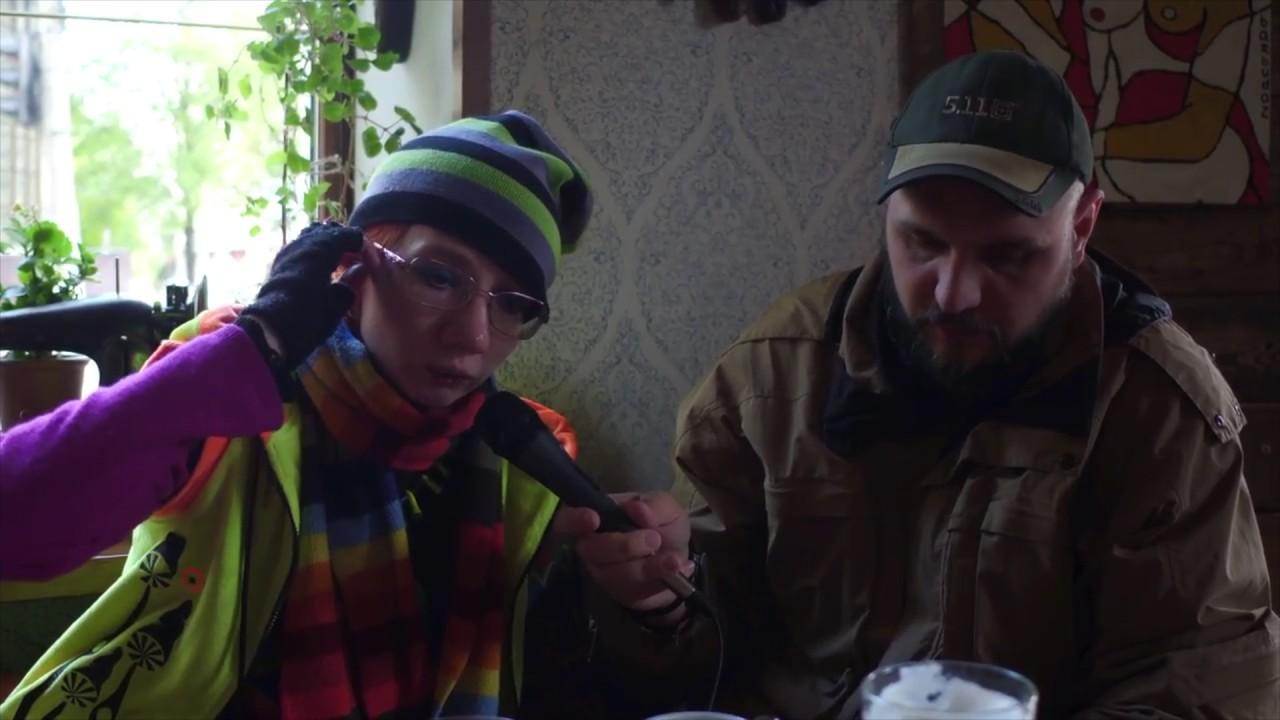 zhestkiy-s-krikami-zasnyal-kak-trahnul-v-salatovih-trusah
