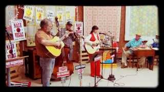 Nina Rieci performs on the Viva NashVegas radio show from Franklin, Tennessee (thumbnail)
