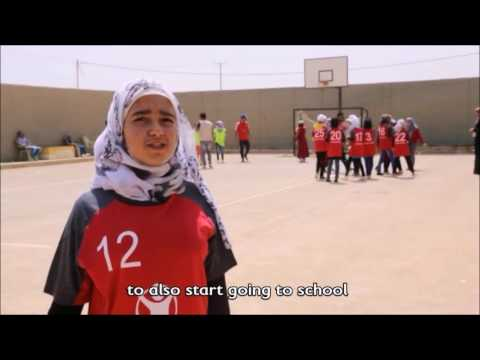 Jordan: Girls play football and talk about rights