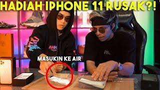 HADIAH IPHONE 11 RUSAK?! Masukin Ke AIR..