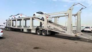 Car carrier off loading