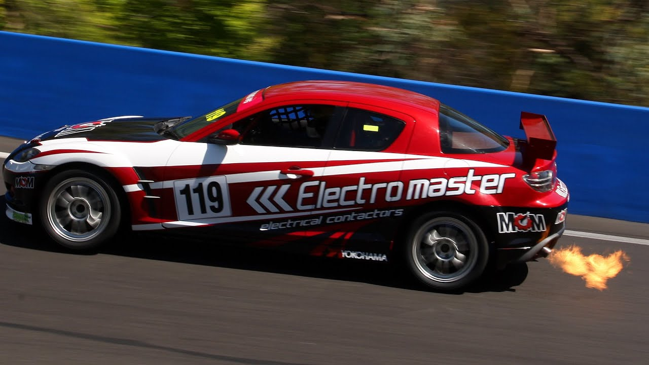 mazda rx3 vs mazda rx8 race cars ipra bathurst youtube. Black Bedroom Furniture Sets. Home Design Ideas