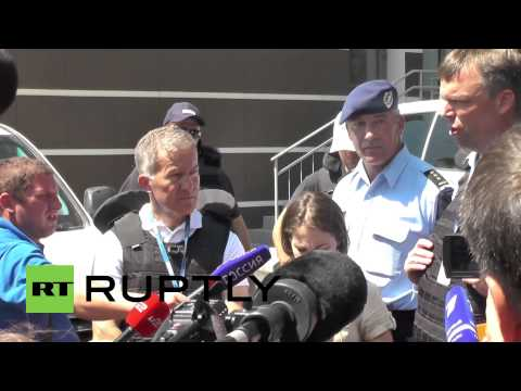 Ukraine: 'MH17 crash site not safe for observer mission' - Dutch police spokesperson