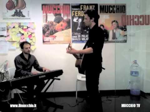 Guido Maria Grillo – Preghiera (live @ MUCCHIO TV)