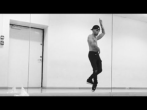 960 Slow Motion Spin (Omer Bhatti Dance video)