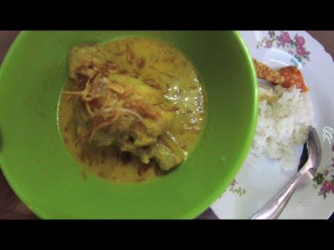 indonesia-surabaya-street-food-2320-part.1-nasi-kare-ayam-wiskul-deles-ydxj0700