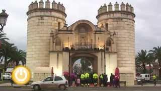 Puerta de Palmas ya espera los deseos de los pacenses - Badajoz Online Tv