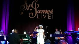 "Dionne Farris performs ""Hopeless"" at St. James Live in Atlanta"