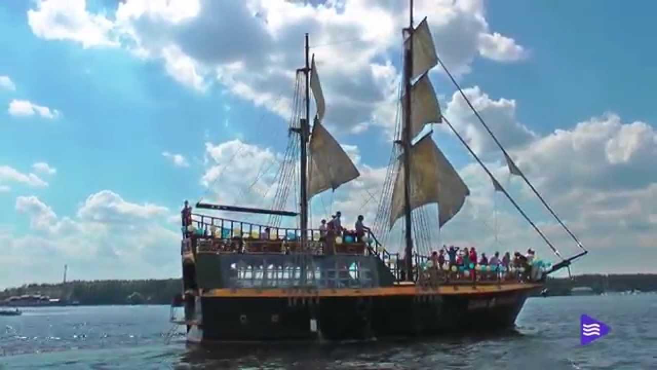 Свадьба на пиратском паруснике (http://www.parusflot.ru/razdel/na-piratskom-brige)