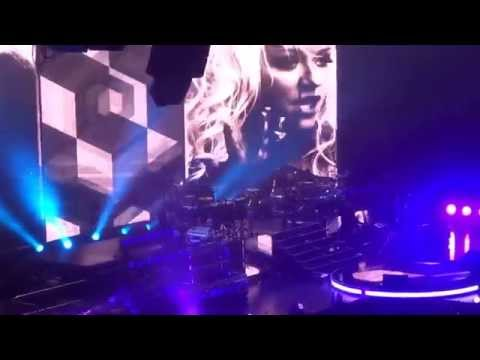 "Pitbull: ""Feel This Moment"" @ Valley View Casino Center in San Diego on Oct 15, 2014"