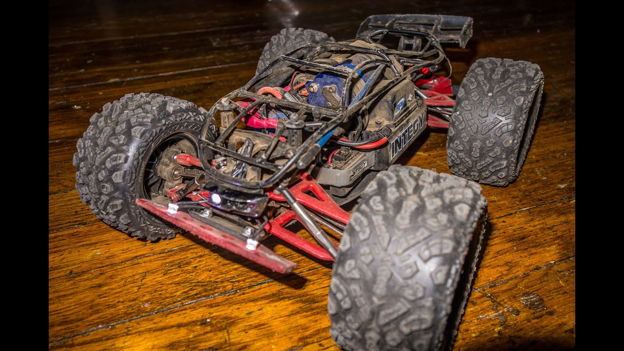 Traxxas 1 16 Mini E Revo NYC Terrains Drive Thru Manhattan
