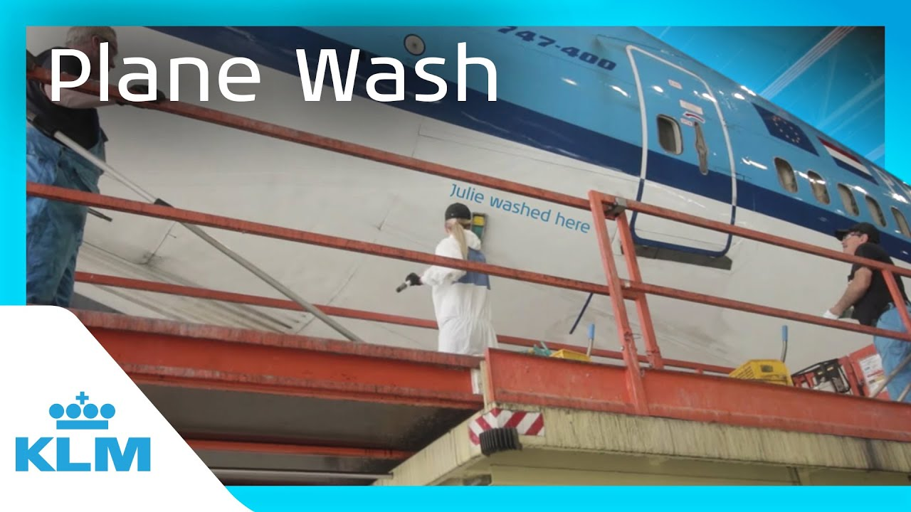 How are the planes washed