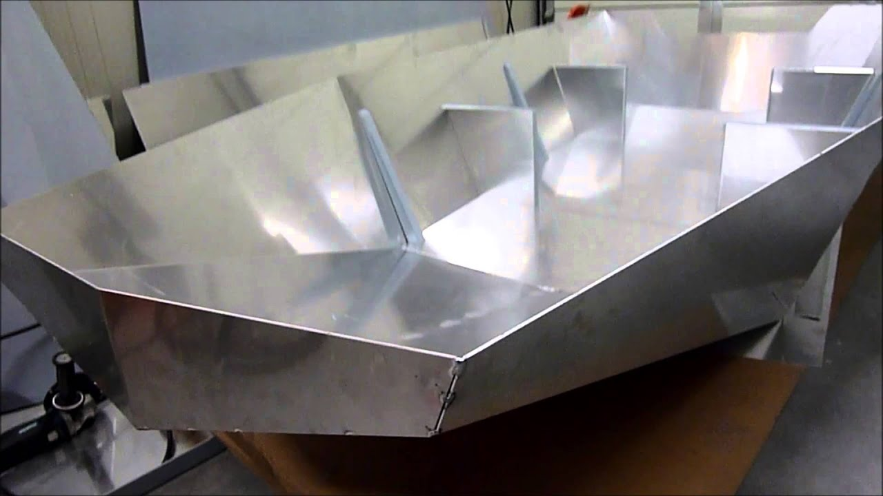 Sneak Preview Building aluminium BLM boat - YouTube