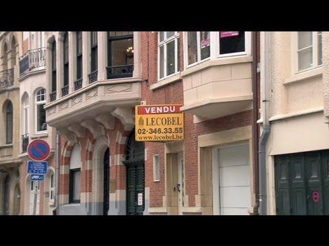 Belgians unhappy over Louis Vuitton boss' nationality bid