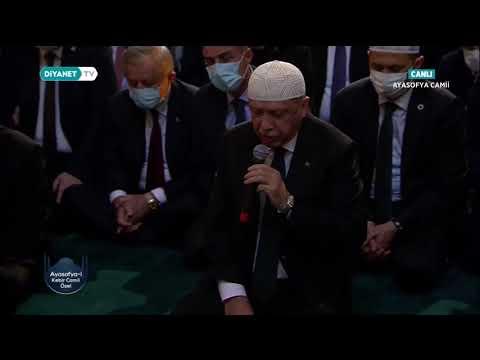 Cumhurbaşkanı Recep Tayyip Erdoğan, Ayasofya-i Kebîr Câmi-i Şerîfi'nde Kur'an-ı Kerim Okudu
