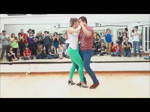 Mere Rashke Qamar Raees Movie Dance
