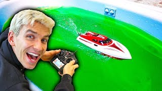 RC BOAT VS SLIME!!