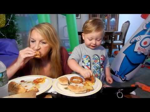 FRIED CHICKEN SANDWICH ONION RINGS AND GARLIC FRIES WITH BABY NINO AND HUNGRY MAMA MI MUKBANG