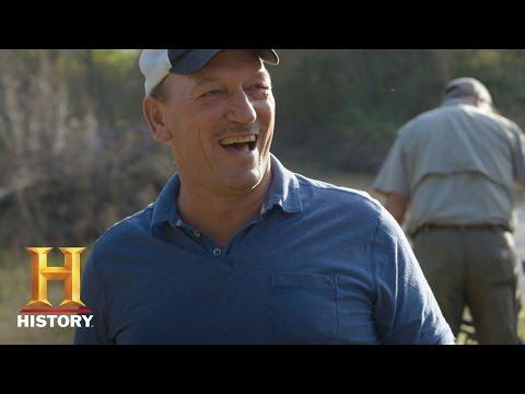 Swamp People: Skeet Shooting, Round 2 -  R.J. vs. Troy (Season 8)   History