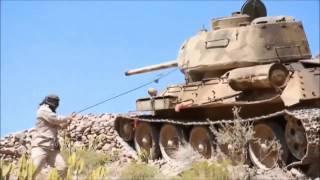 Танк Т-34 в бою попал на видео в Йемене