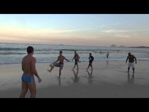 Amazing brazilian football skills on the beach ( Copacabana beach - Brazil 2014)