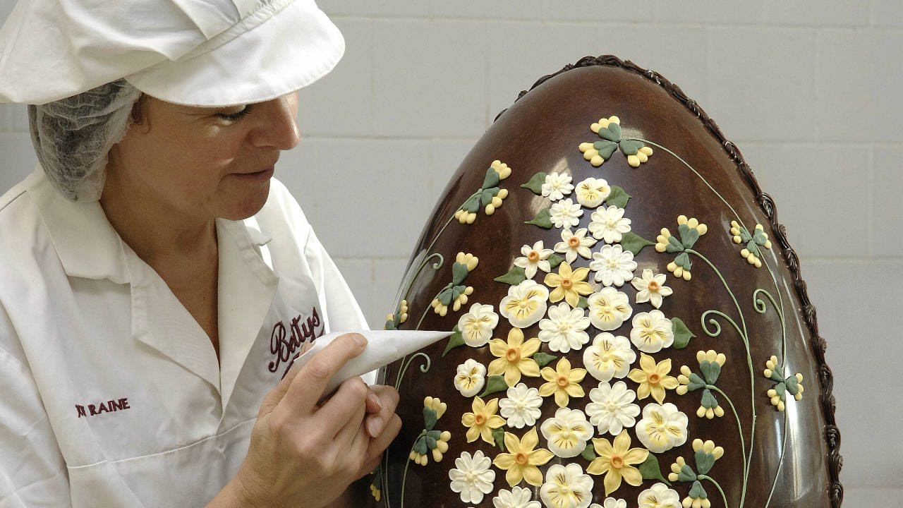 How We Make Our Giant Imperial Easter Eggs Youtube