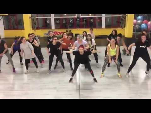 AZUKITA -Steve Aoki, Daddy Yankee's Elvis Crespo Zin73