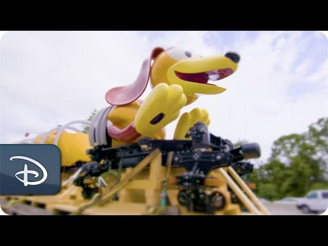 slinky-dog-dash-ride-vehicle-arrives-at-disney-s-hollywood-studios
