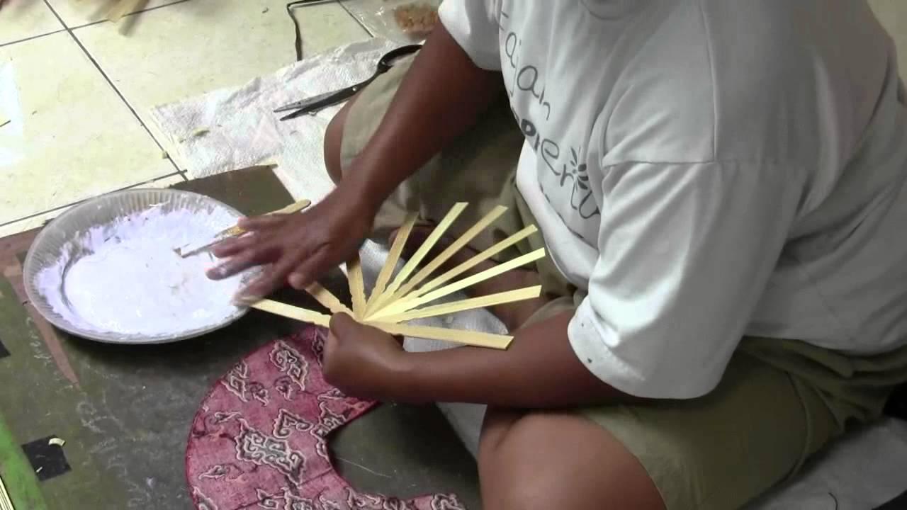 artisanat indon sien eventails en batik youtube On artisanat indonésien paris