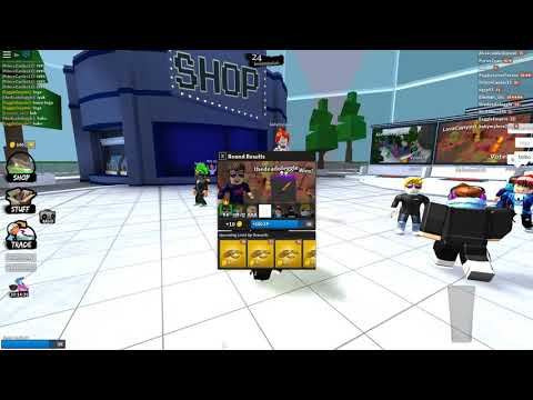 Roblox Noclip Hacker on Knife Capsules