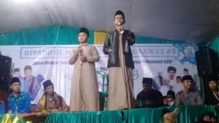 Download Mp3 Riyadhul Mustofa Bersholawat! Assholatu'alannabi Ceng Zamzam & Ceng Hika