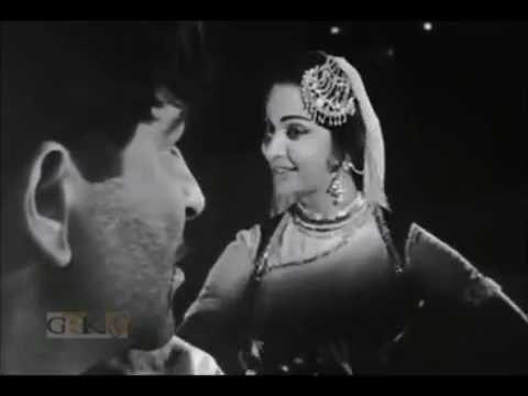 LATA MANGESHKAR - Raat Dhalne Lagi Chand Chupne Chala - TEESRI KASAM