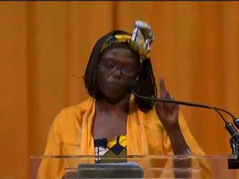 Senior Day Speaker Wangari Maathai