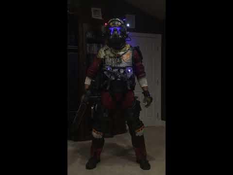 Titanfall 2 Pilot Jack Cooper (life size) Cosplay full reveal #1 (low light) costume teaser