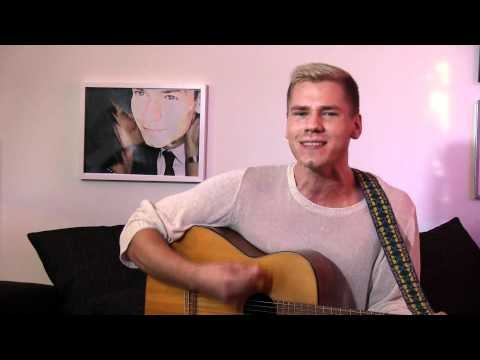 Jonathan Fagerlunds kärlekssång till Carina Berg!