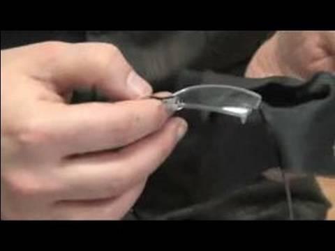 how to keep eyeglasses clean