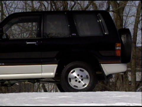 Motorweek Retro Review 93 Isuzu Trooper Rs And Rodeo Ls Youtube