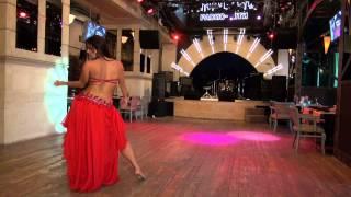 МАРИНЭ - девушка огонь ))))) танец под барабаны