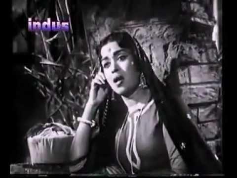 Pade Barkha Puhar - Dooj Ka Chand