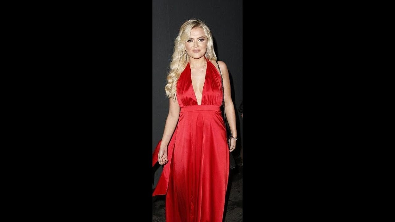 Cleavage Lucy Fallon naked (71 foto and video), Sexy, Cleavage, Twitter, legs 2017
