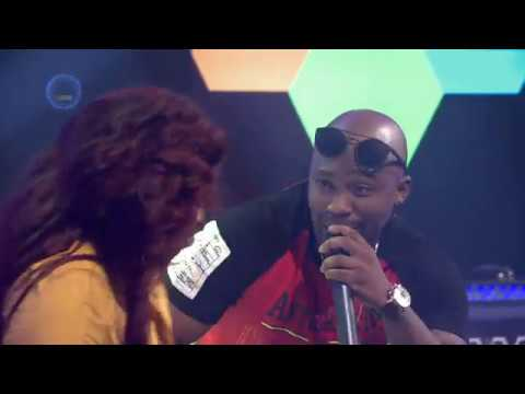 Naak Musiq Feat. Bucie - Ntombi