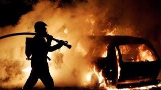 150 миллионов рублей - ущерб от сгоревших элитных авто(Даже это не страшно, если ты застрахован. Выбери свое КАСКО или ОСАГО http://strahovki77.ru В центре Москвы утром 21..., 2014-11-21T22:43:16.000Z)
