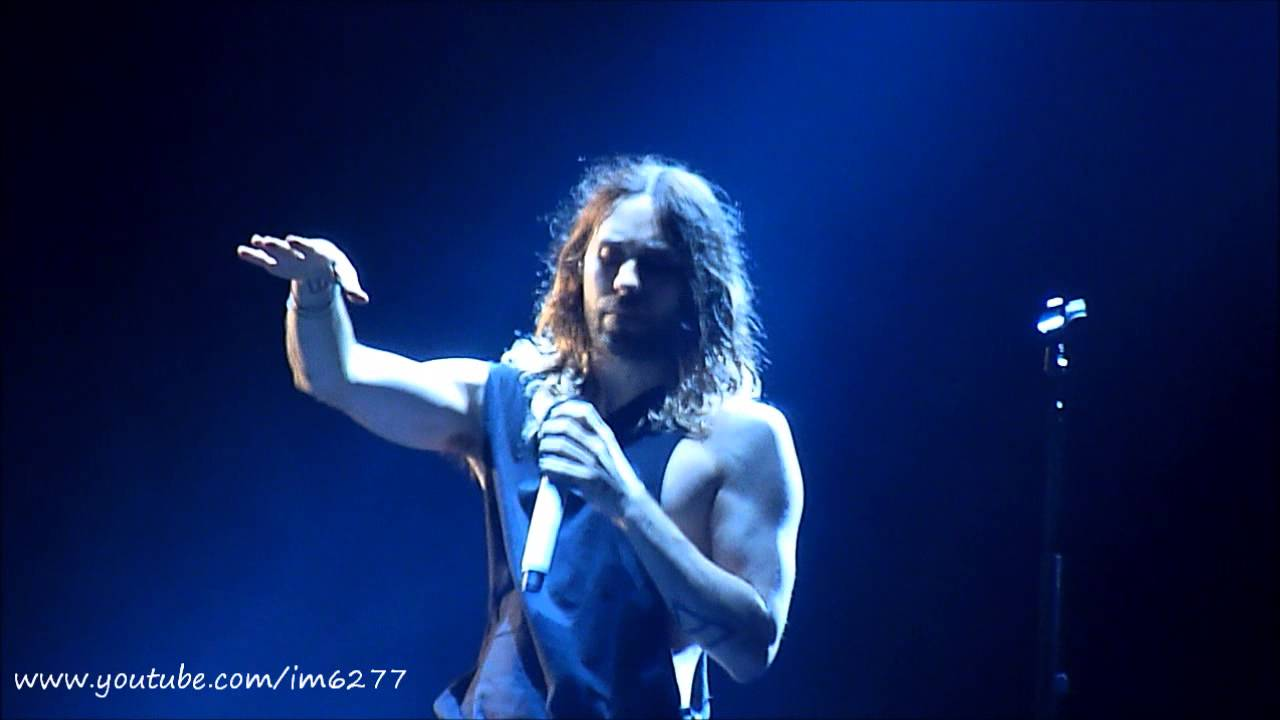30 Seconds to Mars - Stay (Rhianna cover) @ O2 London 23 ...