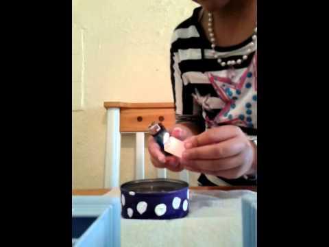 Como hacer velas con latas de at n youtube - Como hacer velas ...