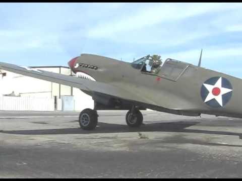 Beautiful Curtiss P-40 Flight Demonstration- B-I-G  Allison V-12 Engine Sound !