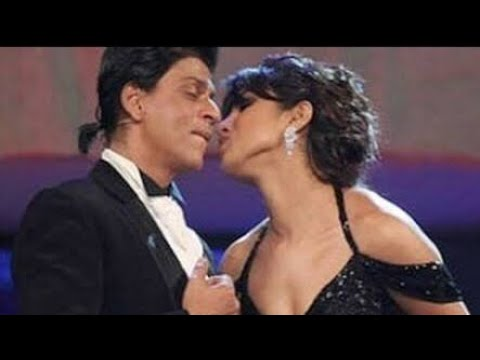 Shahrukh Khan Proposes Priyanka Chopra in Miss World  2000 Contest 'Marry Me'