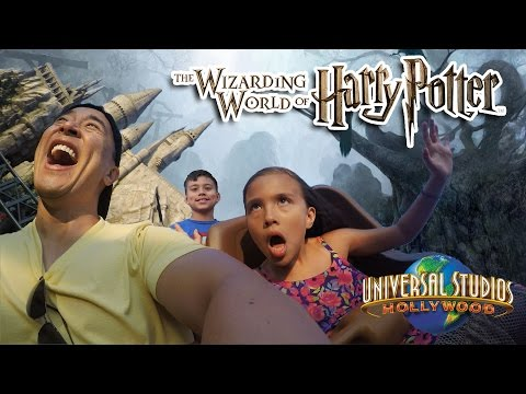 The WIZARDING WORLD of HARRY POTTER & More - Universal Studios Hollywood!