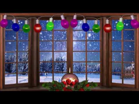 В домах мигают ёлочек огни...